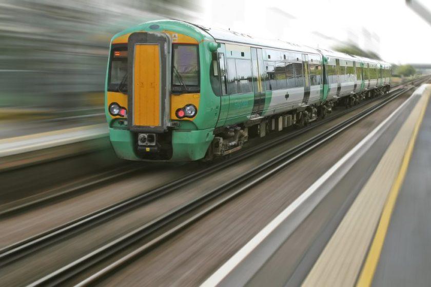 Züge und Reisen im Zug